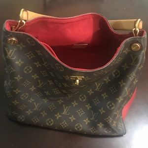 Used Louis Vuitton Gaia